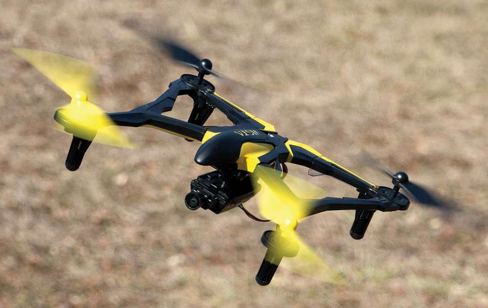 Get-HD-Quality-FPV-flight-for-under-150-With-This-Drone-7