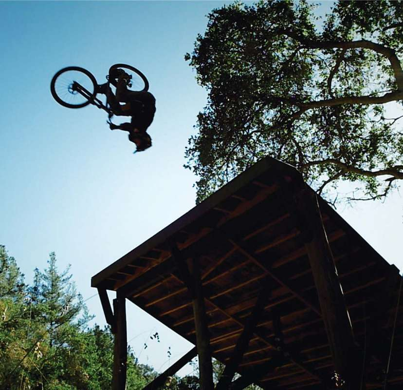 What's-it-Like-Filming-a-BMX-Legend---Come-and-Find-Out--10