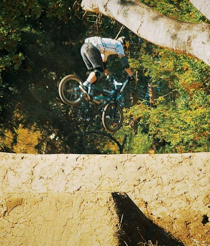 What's-it-Like-Filming-a-BMX-Legend---Come-and-Find-Out--14