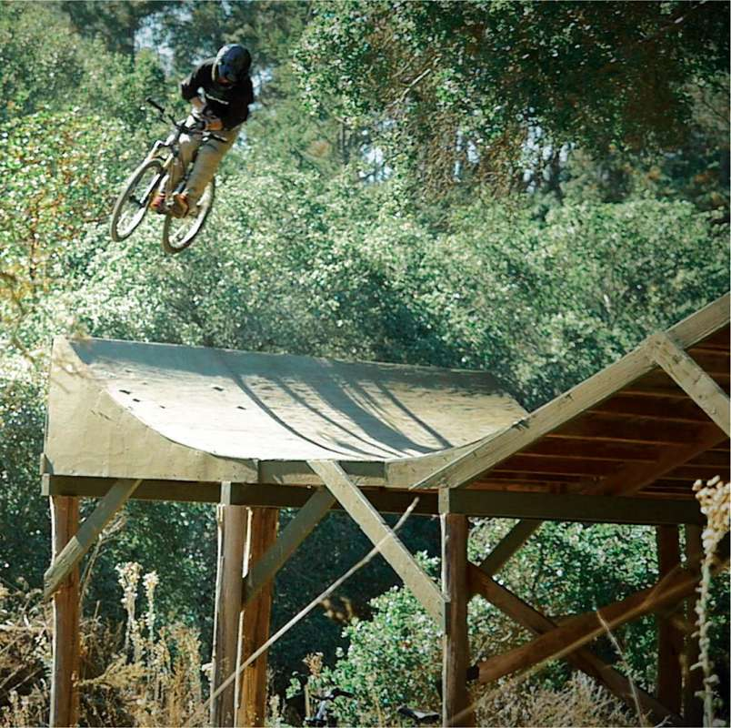 What's-it-Like-Filming-a-BMX-Legend---Come-and-Find-Out--16